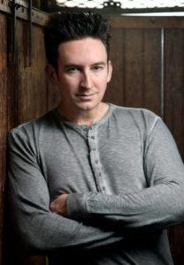 Dustin J. Pari, Ghosthunters TV personality